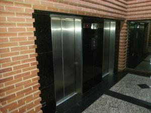 Apartamento En Venta En Caracas - Sabana Grande Código FLEX: 17-9803 No.15