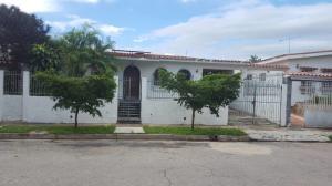Casa En Venta En Valencia, Trigal Norte, Venezuela, VE RAH: 17-9764