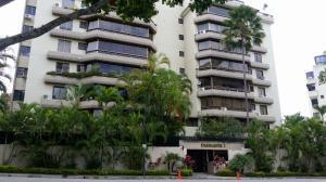 Apartamento En Venta En Caracas, Valle Arriba, Venezuela, VE RAH: 17-9853