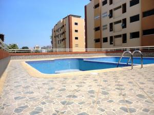 Apartamento En Venta En Barcelona, La Colina, Venezuela, VE RAH: 17-9847