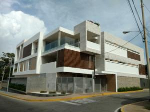 Apartamento En Venta En Maracaibo, Creole, Venezuela, VE RAH: 17-9865