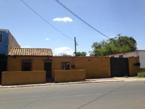 Casa En Ventaen Carora, Municipio Torres, Venezuela, VE RAH: 17-9867