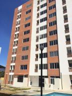 Apartamento En Venta En Municipio Naguanagua, El Rincon, Venezuela, VE RAH: 17-9875