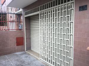 Galpon - Deposito En Venta En Caracas, Catia, Venezuela, VE RAH: 17-9907