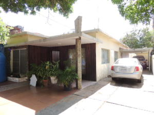 Casa En Venta En Maracaibo, Calle 72, Venezuela, VE RAH: 17-9920