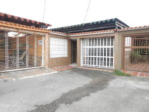 Casa En Venta En Maracay, Los Sauces, Venezuela, VE RAH: 17-9934