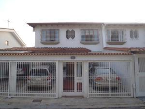 Casa En Venta En Caracas, Colinas De Santa Monica, Venezuela, VE RAH: 17-9957