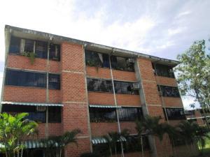 Apartamento En Venta En Guarenas, Ciudad Casarapa, Venezuela, VE RAH: 17-9962