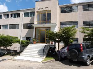 Apartamento En Venta En Caracas, Colinas De Bello Monte, Venezuela, VE RAH: 17-9984