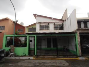 Casa En Venta En Turmero, La Fuente, Venezuela, VE RAH: 17-10148