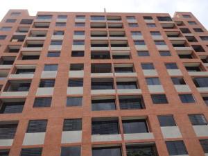 Apartamento En Venta En Caracas, Colinas De La Tahona, Venezuela, VE RAH: 17-10085