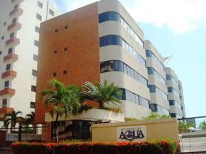 Apartamento En Venta En Higuerote, Puerto Encantado, Venezuela, VE RAH: 17-10089