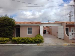 Casa En Venta En Cabudare, La Piedad Norte, Venezuela, VE RAH: 17-10044