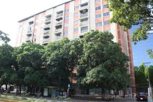 Apartamento En Venta En Caracas, Los Dos Caminos, Venezuela, VE RAH: 17-10063