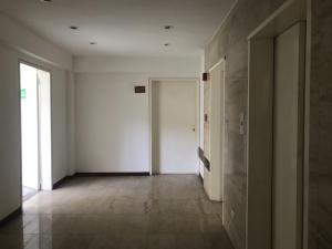 Apartamento En Venta En Caracas - Las Mercedes Código FLEX: 17-10110 No.2