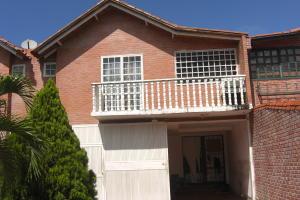 Casa En Ventaen Guatire, La Esperanza, Venezuela, VE RAH: 17-10133