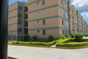 Apartamento En Venta En Charallave, Betania, Venezuela, VE RAH: 17-10116