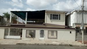 Casa En Venta En Maracaibo, Sierra Maestra, Venezuela, VE RAH: 17-10084