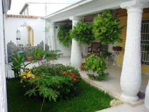 Casa En Venta En Turmero, Los Overos, Venezuela, VE RAH: 17-10137
