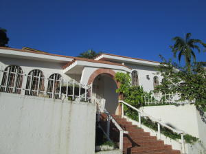 Casa En Venta En Valencia, Lomas Del Este, Venezuela, VE RAH: 17-10165