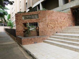 Apartamento En Venta En Caracas, Colinas De La California, Venezuela, VE RAH: 17-10722