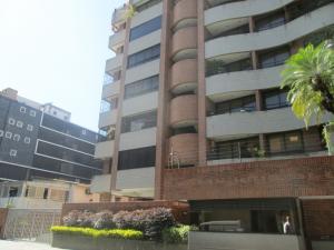 Apartamento En Venta En Caracas - Campo Alegre Código FLEX: 17-10174 No.0