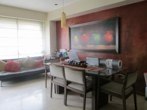 Apartamento En Venta En Caracas - Campo Alegre Código FLEX: 17-10174 No.8