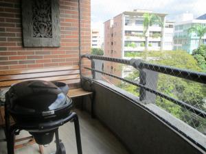 Apartamento En Venta En Caracas - Campo Alegre Código FLEX: 17-10174 No.10