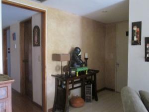 Apartamento En Venta En Caracas - Campo Alegre Código FLEX: 17-10174 No.4