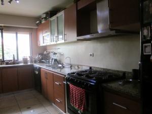 Apartamento En Venta En Caracas - Campo Alegre Código FLEX: 17-10174 No.11