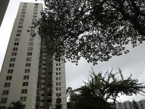 Apartamento En Venta En Caracas, Los Samanes, Venezuela, VE RAH: 17-10176