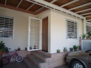 Casa En Venta En Cabudare, El Amanecer, Venezuela, VE RAH: 17-10187