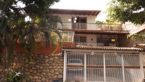Casa En Venta En Caracas, El Paraiso, Venezuela, VE RAH: 17-10225