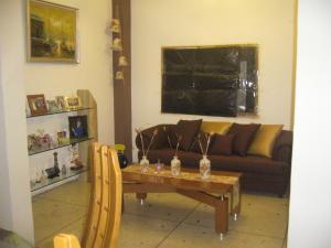 Casa En Venta En Maracay - La Maracaya Código FLEX: 17-10233 No.3