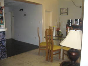 Casa En Venta En Maracay - La Maracaya Código FLEX: 17-10233 No.4