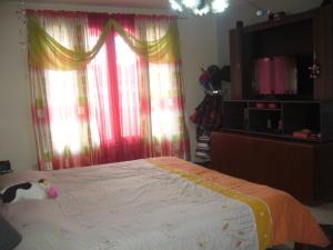 Casa En Venta En Maracay - La Maracaya Código FLEX: 17-10233 No.12