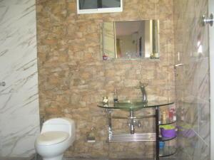 Casa En Venta En Maracay - La Maracaya Código FLEX: 17-10233 No.14