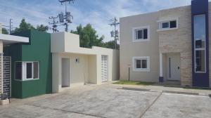 Casa En Ventaen Coro, Villa Real, Venezuela, VE RAH: 17-10234