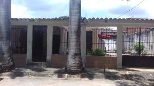 Casa En Venta En Valencia, Flor Amarillo, Venezuela, VE RAH: 17-10246