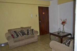 Apartamento En Venta En Maracaibo, El Guayabal, Venezuela, VE RAH: 17-10295