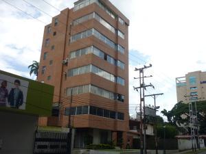 Apartamento En Venta En Valencia, Carabobo, Venezuela, VE RAH: 17-10356
