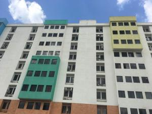 Apartamento En Venta En Municipio Naguanagua, Tazajal, Venezuela, VE RAH: 17-10326