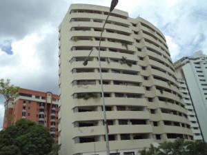Apartamento En Venta En Valencia, Los Mangos, Venezuela, VE RAH: 17-10332