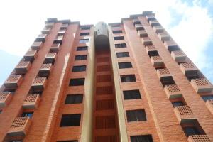 Apartamento En Venta En Municipio Naguanagua, El Rincon, Venezuela, VE RAH: 17-10381