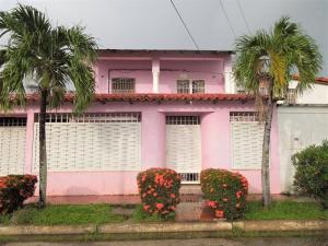Casa En Venta En El Tigre, Pueblo Nuevo Sur, Venezuela, VE RAH: 17-10365