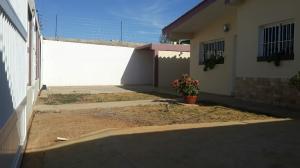 Casa En Venta En Punto Fijo, Los Caciques, Venezuela, VE RAH: 16-15559