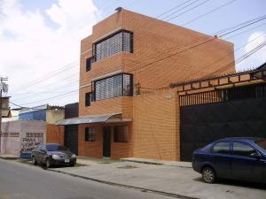 Edificio En Venta En Valencia, La Candelaria, Venezuela, VE RAH: 17-10382