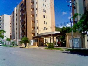 Apartamento En Venta En Municipio Naguanagua, Maã±Ongo, Venezuela, VE RAH: 17-10393