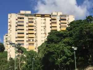 Apartamento En Venta En Caracas, El Peñon, Venezuela, VE RAH: 17-10286