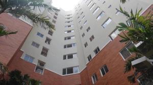 Apartamento En Venta En Maracaibo, El Milagro, Venezuela, VE RAH: 17-10388